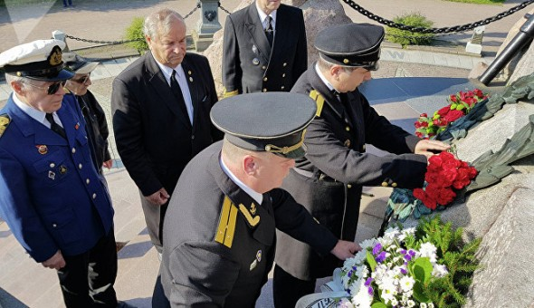 Спутник Эстония Вадим Анцупов